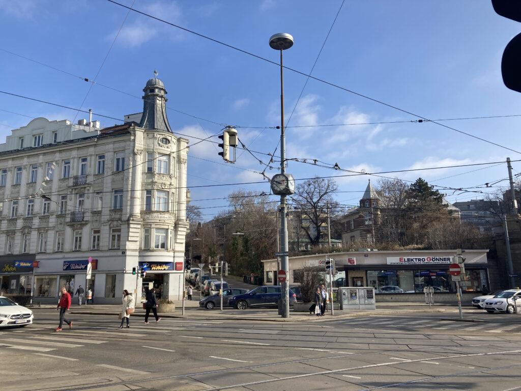 Gersthofer Platz: Zentraler Lichtmast